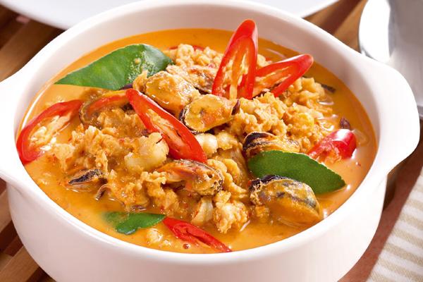 แกงคั่วหอยแมลงภู่ ใส่มะยม แกงไทยกลิ่นหอมรสอร่อย